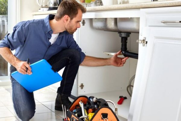 These advantages of hiring a plumber are the most convincing!