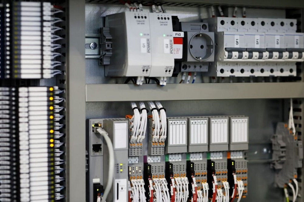 Servo System Controllers: What They Are And How They Work?